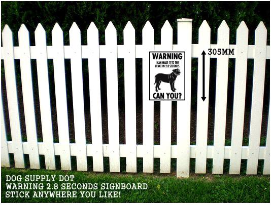 プレサカナリオ注意警告 英語サインボード アルミ看板:WARNING I CAN MAKE IT TO THE FENCE IN 2.8 SECONDS CAN YOU?[MADE IN U.S.A]
